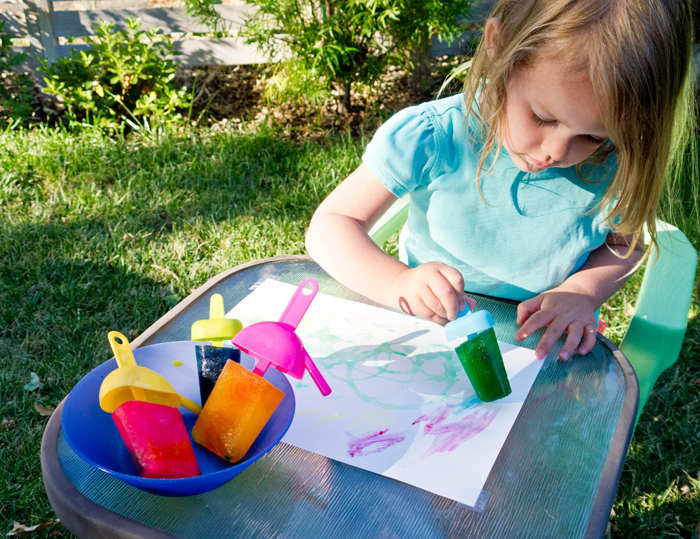 The great outdoors outdoor arts crafts for Best paint for outdoor crafts