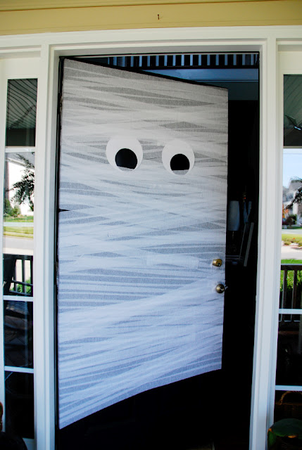 ghost - Halloween Door Decorating Ideas