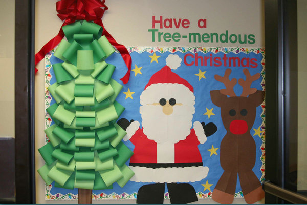 Christmas Classroom Decoration Printables ~ Christmas bulletin boards door decorations