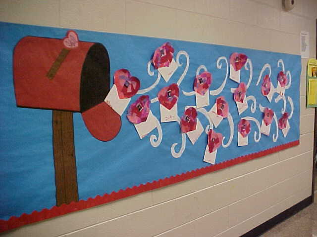 October Bulletin Board Ideas Preschool http://www.theclassroomcreative.com/2013/01/09/valentines-day-bulletin-board-ideas/