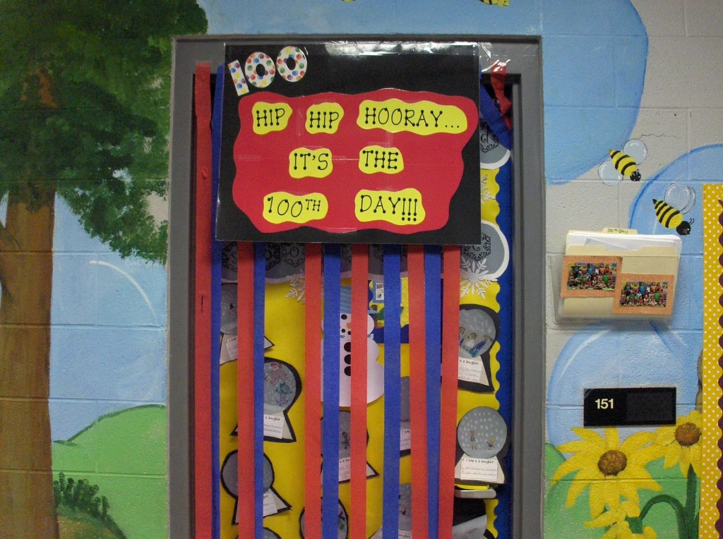 Hip Classroom Decor : Th day bulletin board and decoration ideas