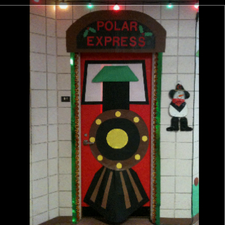 Christmas door decorations for Home alone theme decorations